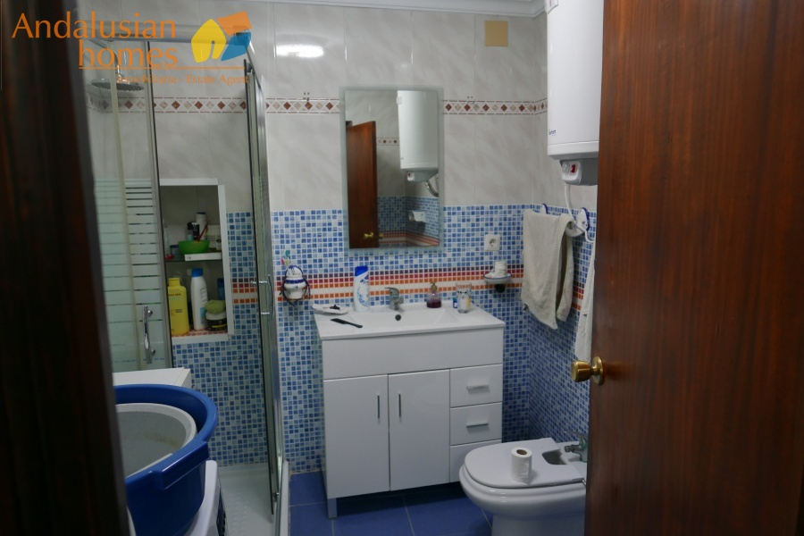 4 BathroomsBathrooms,Commercial,For sale,1307